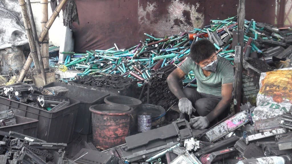 What the China Ban on Foreign Waste Means for Recycling Electronics